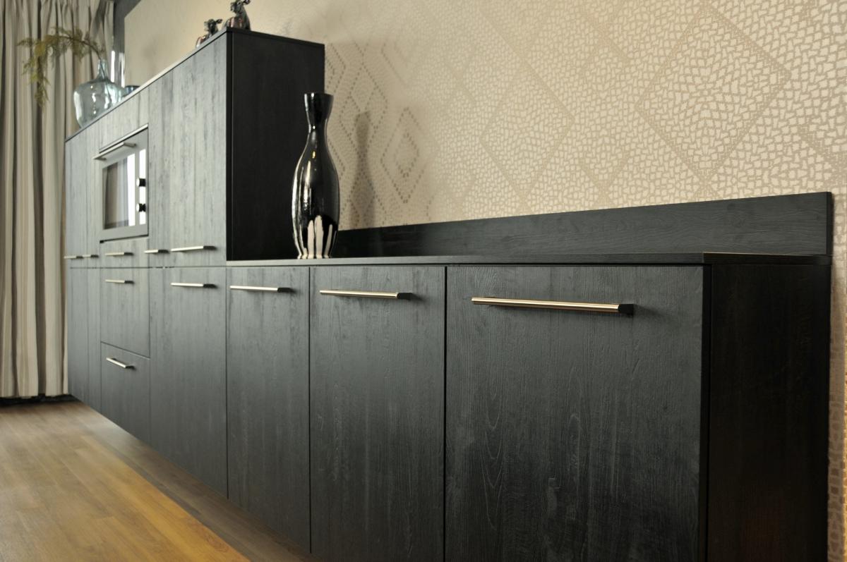 Showroom keukens: fijnproevers sherwood eiken zwart
