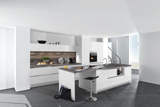 Design keukens vindt u bij keukencentrum marssum - Keuken centrum eiland ...
